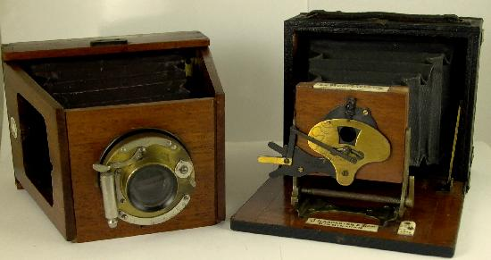 Pocket Cameras Shew XIT 1902 and Lancaster Le Merveilleux Kidney Bean